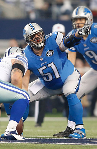 Dominic Raiola as a Center for the Detroit Lions